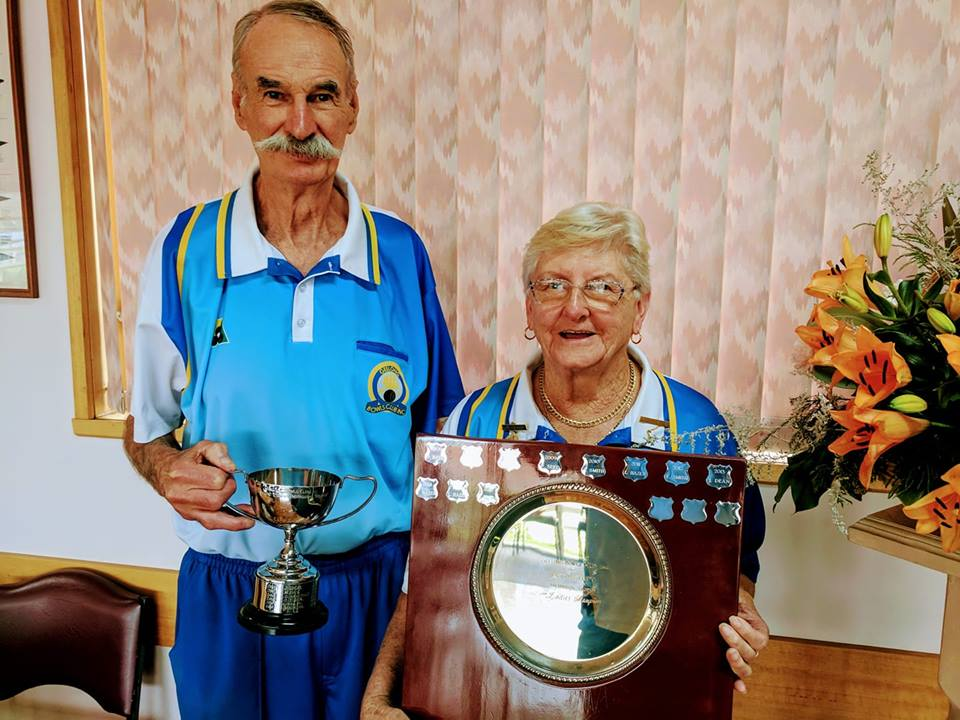 Mens and Ladies 2018  Club Champions Bob Armitage and Lesley Kelly